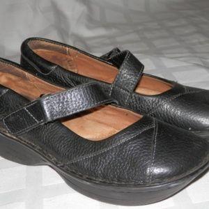 NURSE MATES Black Leather Wedge Shoes-Pillow Top 7